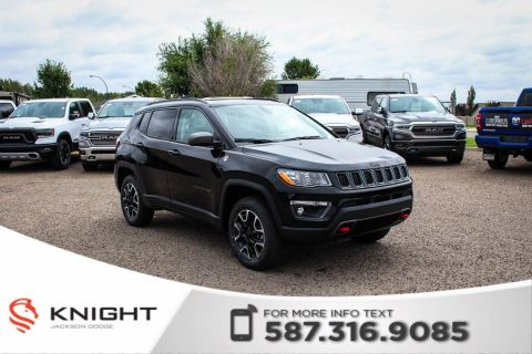 New 2019 Jeep Compass Trailhawk 4x4 | Leather | Sunroof | Navigation